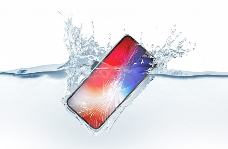 Photo of Is Iphone XR Waterproof or Not ? The Unvarnished Truth